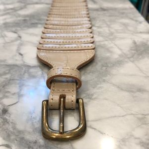 Anthropologie Wide elasticized cream croc belt